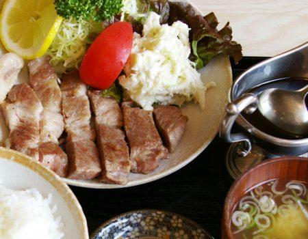 焼肉(ロース)定食 ¥1500